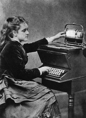 300px-Sholes-typewriter